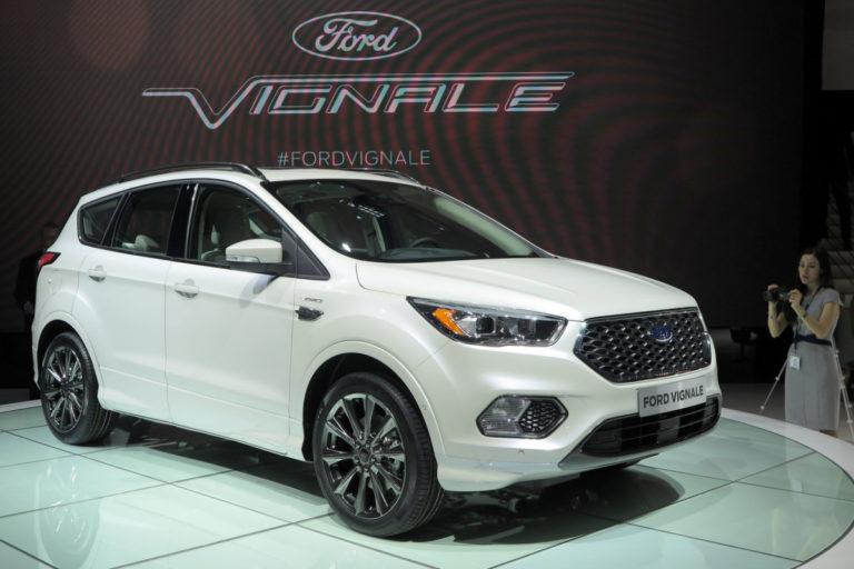 Ford Kuga Vignale >> Fordin Vignale Perhe Kasvaa Kuga Katumaasturilla Tekniikan