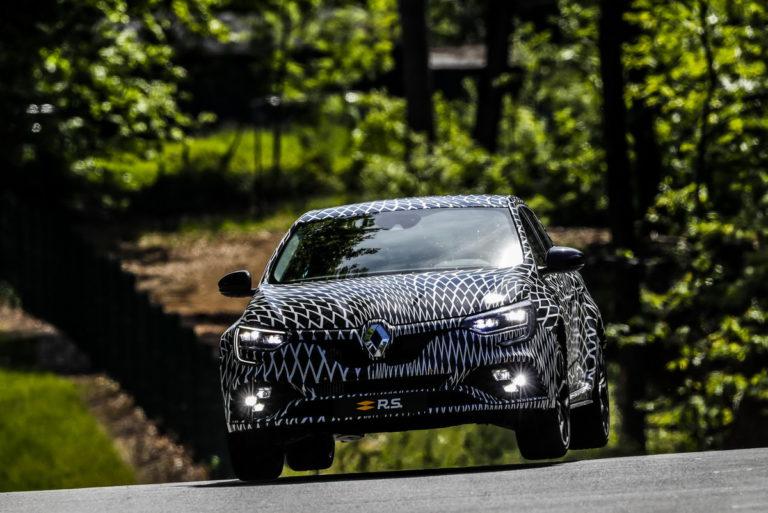 Renault Megane Rs 2017 >> Renault Megane Rs Ssa Ei Ole Nelivetoa Sen Sijaan Autoon