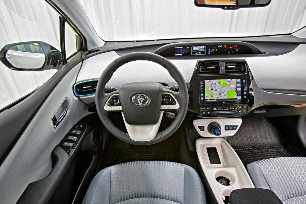 Toyota Plug In Hybrid >> Koeajo Toyota Prius Plug In Hybrid Active