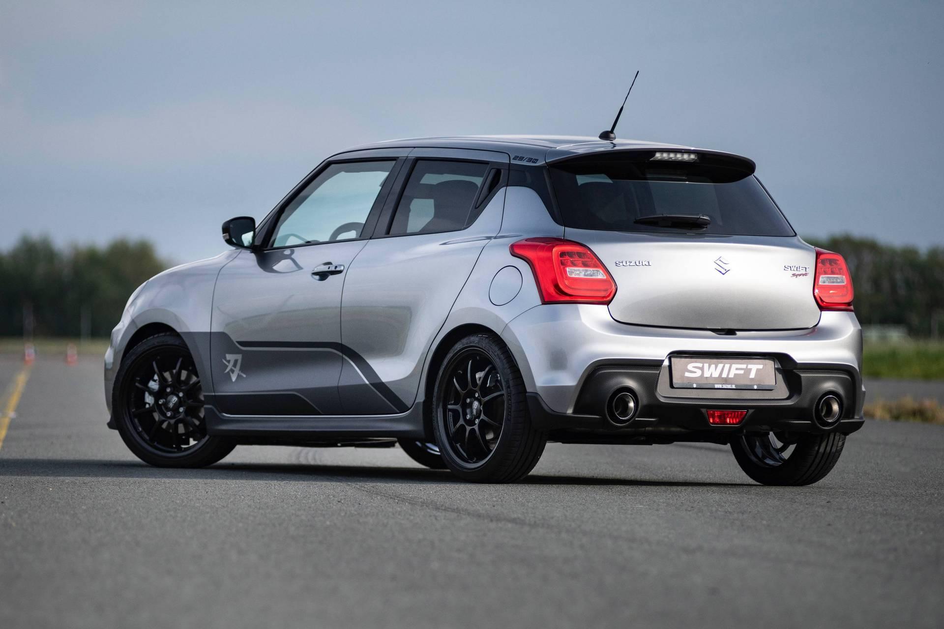 Suzuki Swift Sport >> Auto Joka On Kunnianosoitus Moottoripyoralle Suzuki