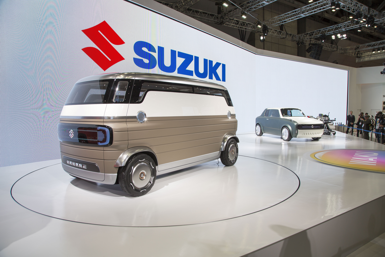 Suzuki Car Dealership >> Tassa Ovat Kreiseimmat Automallit Tokion Autonayttelysta
