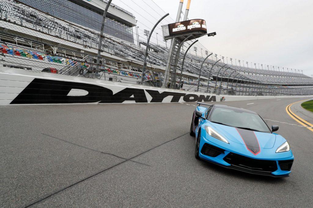 Daytonan NASCAR-kilpailujen johtoautona on tällä kertaa ...